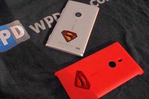 """Superman """"Kawal"""" Nokia Lumia 925"""