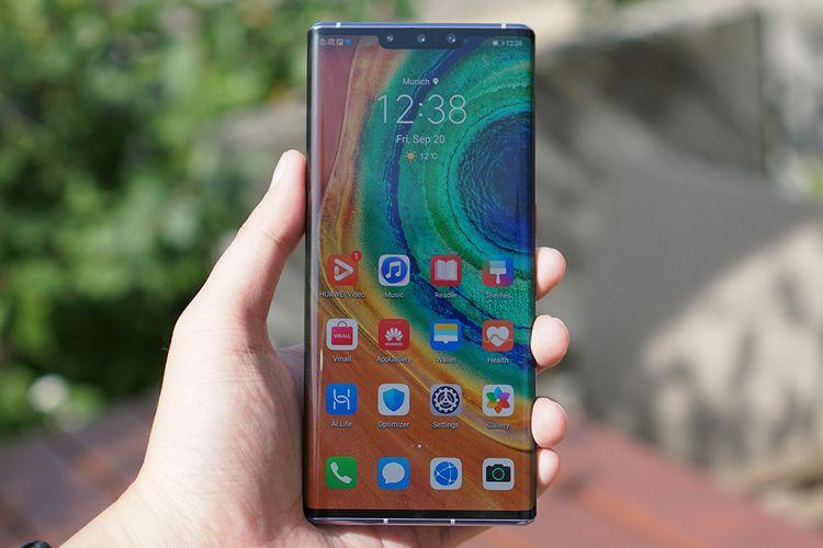 Sisi depan Huawei Mate 30 Pro