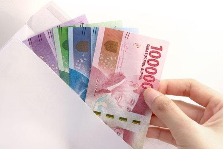 Ilustrasi uang/ upah minimum UMK UMP / UMR Jakarta 2021