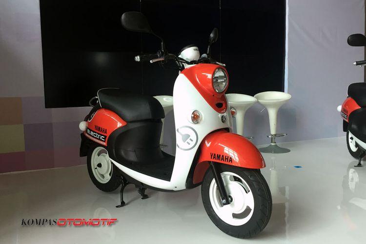 Skuter listrik Yamaha E-Vino.