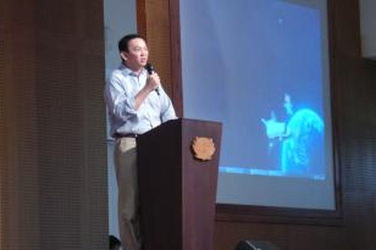 Wakil Gubernur DKI Jakarta Basuki Tjahaja Purnama saat membuka Indonesian Robotic Olympiad 2014, di Tzu Chi School, Pantai Indah Kapuk, Jakarta, Sabtu (6/9/2014).