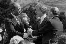 Hari Ini dalam Sejarah: Kunjungan Bersejarah Anwar Sadat ke Israel