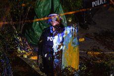 Demo Thailand Masih Berlangsung, Massa Hujani Mabes Polisi dengan Cat
