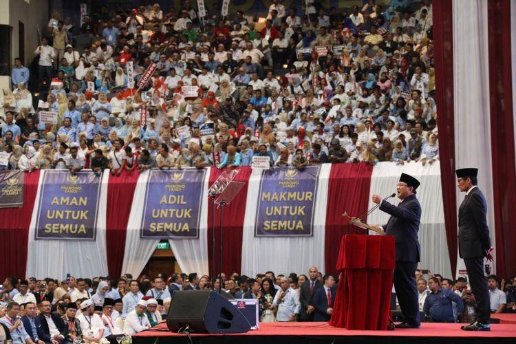 Calon Presiden nomor urut 02 Prabowo Subianto saat membacakan pidato kebangsaan bertajuk Indonesia Menang di Jakarta Convention Center (JCC), Senayan, Jakarta, Senin (14/1/2019) malam.