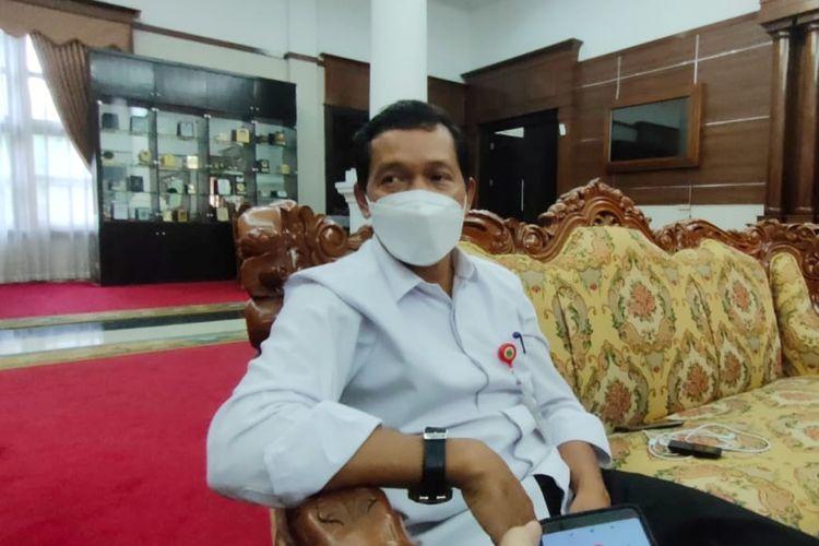 Kepala BKD Banten Komarudin menerangkan nasib 20 Pejabat Dinkes yang mengundurkan diri kini berada dii Tangan Gubernur Banten Wahidin Halim.