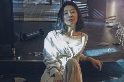 Tangguh tapi Misterius, 5 Karakter Kim Hee Ae di Drama The World of The Married