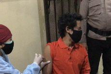 Saat Tahanan Kasus Narkoba Berteriak Ketika Disuntik Vaksin Covid-19 di Mapolsek Tebet