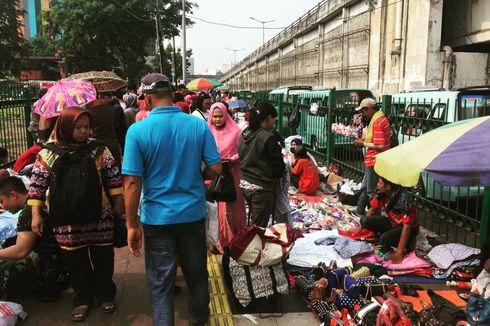 Kondisi Pasar Tanah Abang yang Kian Semrawut karena PKL