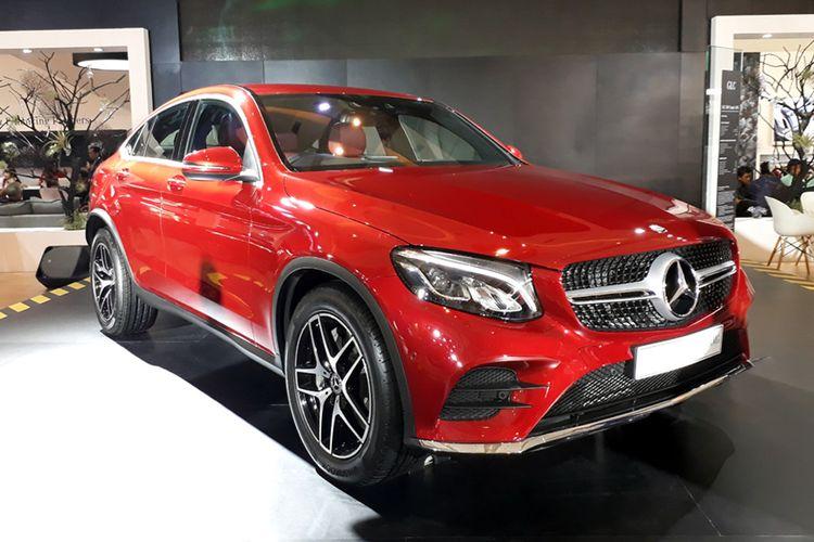 Mercedes-Benz GLC 300 Coupe meluncur di IIMS 2017.