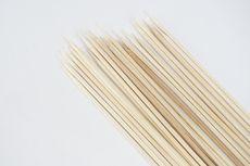 Apakah Tusuk Sate Bambu Boleh Dipakai Ulang?