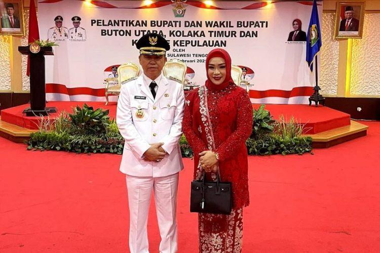 Bupati Kolaka Timur Syamsul Bahri Madjid bersama istrinya usai pelantikan di rumah jabatan gubernur Sultra (Foto istimewa)
