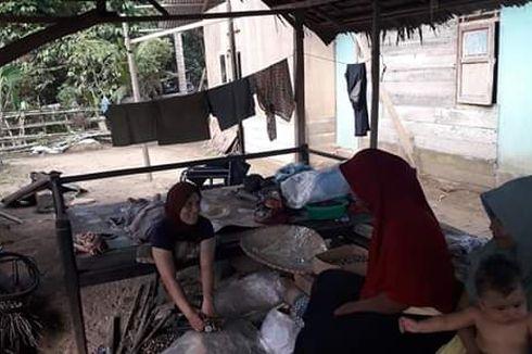Meski Cacat Total dan Ditinggal Kabur Suami, Nur Fadhilah Tetap Bekerja demi 2 Anaknya