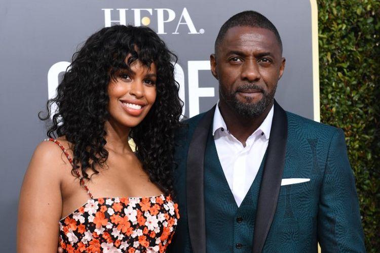 Aktor asal Inggris Idris Elba dan tunangannya model Sabrina Dhowre menghadiri Golden Globe Awards ke-76 di Beverly Hilton, California, pada 6 Januari 2019.