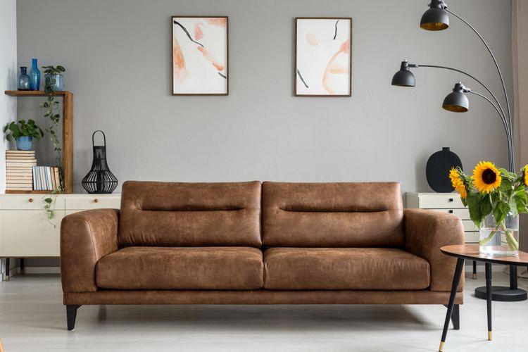 Ilustrasi sofa berbahan kulit.