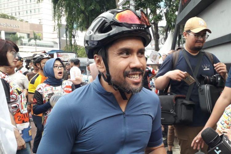 Pemain drum band Alexa, Fajar Arifan, dijumpai ketika sedang berolahraga sepeda di Bundaran HI, Thamrin, Jakarta Pusat, Minggu (20/1/2019).