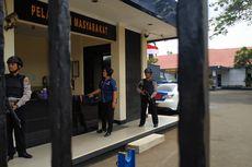 Pascabom Medan, Polres Metro Bekasi Dijaga Aparat Bersenjata Laras Panjang