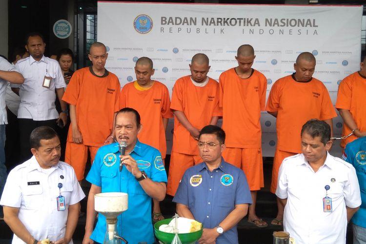 BNN merilis temuan ekstsi cair di diskotek MG Club, Jakarta (21/12/2017)