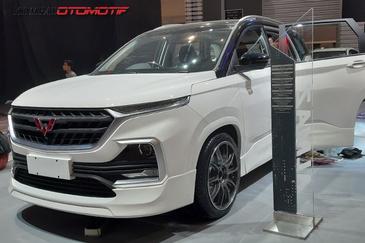 Modifikasi Wuling Almaz di GIIAS 2019