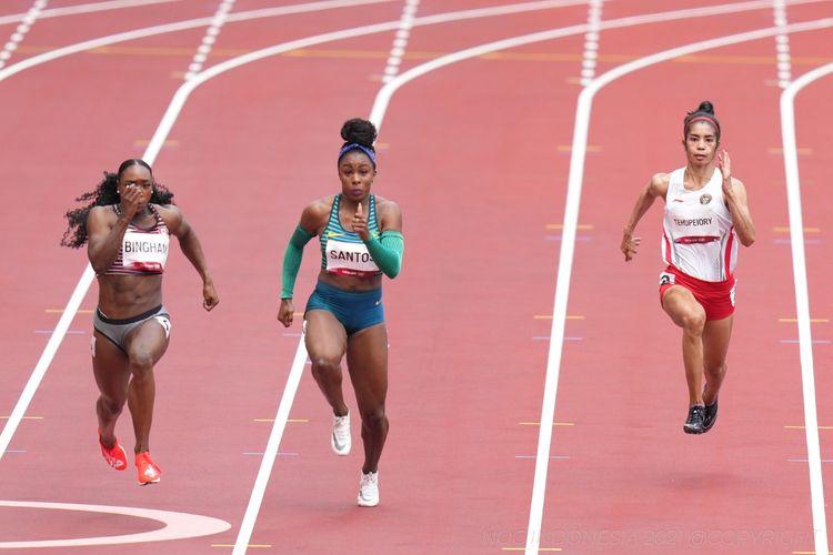 Sprinter Indonesia, Alvin Tehupeiory, saat berjuang di nomor 100 meter putri atletik Olimpiade Tokyo 2020, JUmat (30/7/2021).
