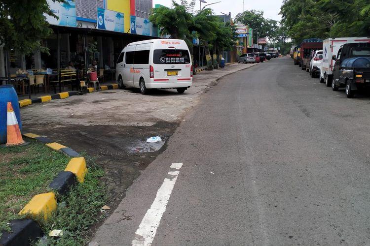 Rest area di Tol Jakarta-Cikampek.