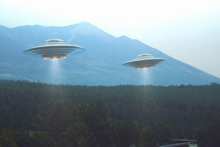 Ilustrasi UFO (Unidentified Flying Object), wahana mahluk luar angkasa (alien).