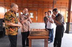 Peternak di Solo Sumbang 2.000 Telur untuk Bantu Warga Terdampak Virus Corona