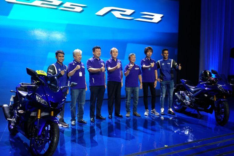 Yamaha memperkenalkan R25 dan R3 terbaru