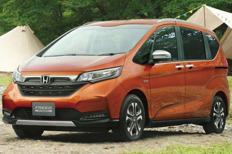 Honda Freed bergaya crossover
