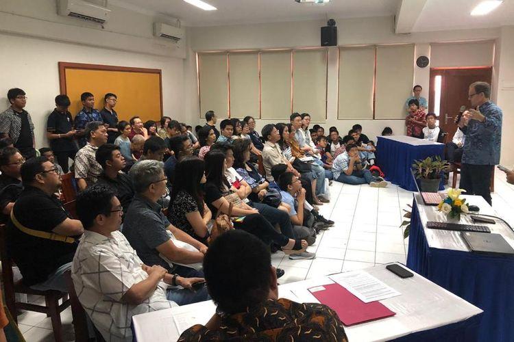 Presentasi dari Kedutaan Inggris, oleh Mr. Rob Fenn as Deputy Head of Mission, British Embassy for Indonesia and Timor Leste.