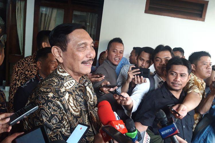 Menteri Koordinator Bidang Kemaritiman dan Investasi Luhut Binsar Pandjaitan ketika ditemui awak media di kediamannya di Jakarta, Rabu (25/12/2019).