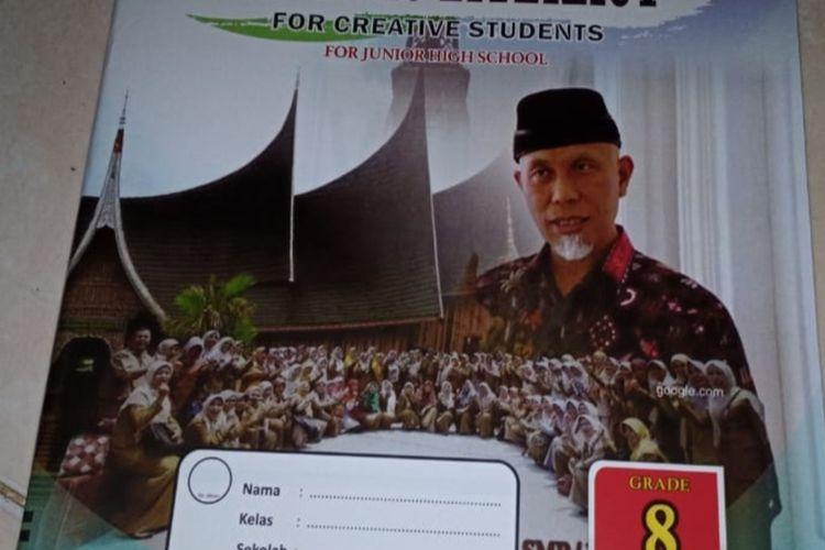 Buku LKS SMP bergambar Wali Kota Padang, Mahyeldi beredar di tengah masyarakat, Selasa (14/7/2020)