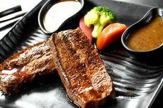 Resep Steak Daging Sapi Rumahan, Masak dengan Saus Lada Hitam