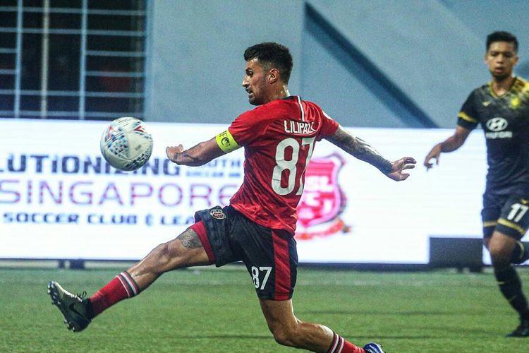 Stefano Lilipaly mencetak gol ke 4 Bali United saat kualifikasi Liga Champions Asia melawan tuan rumah Tampines Rovers yang berakhir dengan skor 3-5 di Stadion Jalan Besar Singapore, Selasa (14/01/2020) malam.