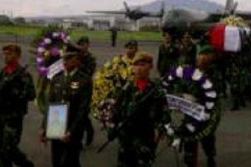 Jenazah Korban Heli Mi-17 Tiba di Bandung