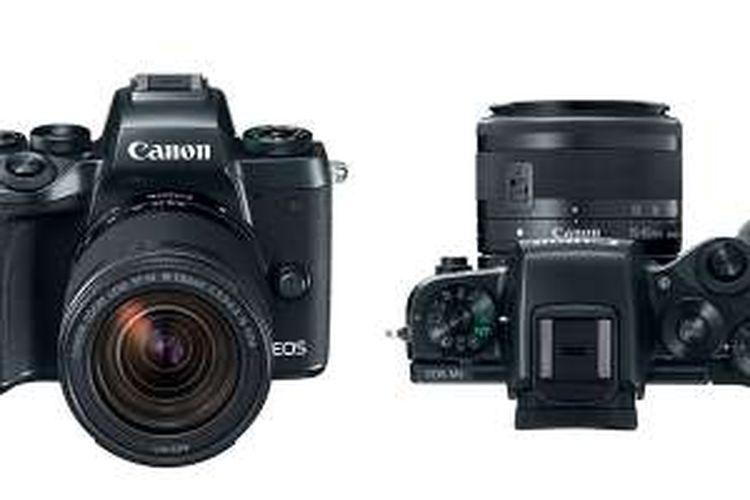 Bagian depan dan atas kamera mirrorless Canon EOS M5. Unit flash tersimpan di bagian tengah yang juga memuat viewfinder