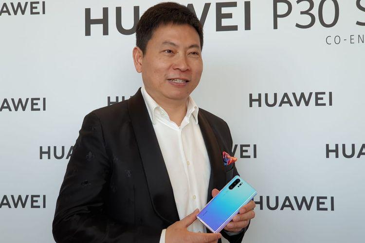 CEO Huawei Rochard Yu saat ditemui usai peluncuran P30 di Paris.