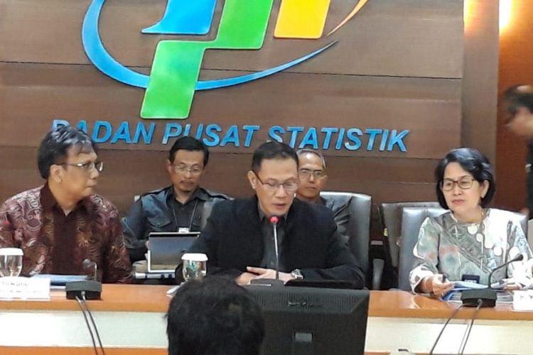 Kepala Badan Pusat Statistik (BPS) Suhariyanto ketika memberikan keterangan pers di kantornya, Senin (17/9/2018).