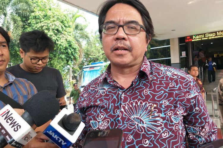 Dosen Universitas Indonesia (UI) Ade Armandodi Polda Metro Jaya, Jakarta Selatan, Jumat (8/11/2019).