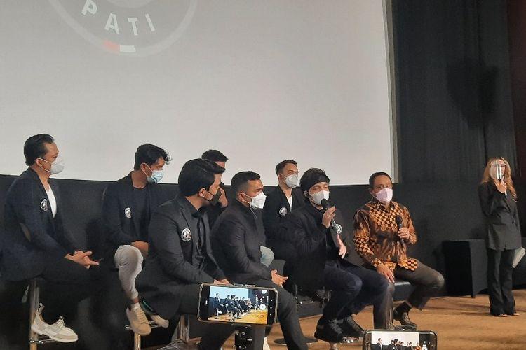 Atta Halilintar dan Putra Siregar resmi mengumumkan akuisisi tim sepak bola Liga 2 Indonesia AHHA PS Pati.