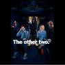 Sinopsis The Other Two, Sensasi Internet yang Mengubah Kehidupan