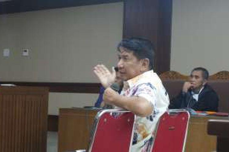Anggota DPR Sareh Wiyono saat bersaksi di Pengadilan Tipikor Jakarta, Senin (31/10/2016).