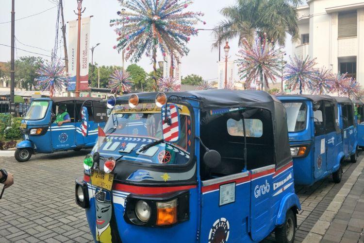 Konvoi bajaj online di Kota Tua, Jakarta Barat, Senin (24/6/2019).