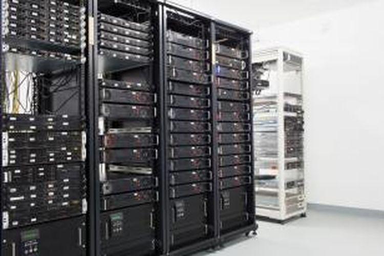 Sistem pendingin pada data center adalah sistem yang memakan listrik paling besar. Dengan pengaturan otomatis melalui software, konsumsi daya listrik dapat dipangkas hingga 30 persen.