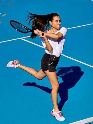 Sepatu tenis baru dari ASICS