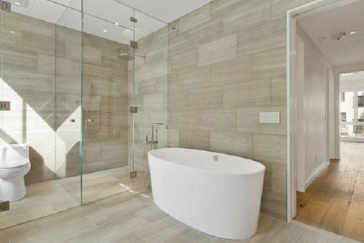 Jika ubin lantai kamar mandi tidak dipasang dengan benar, akan saling menekan satu sama lain dan akhirnya menggembung (popping) bahkan pecah.