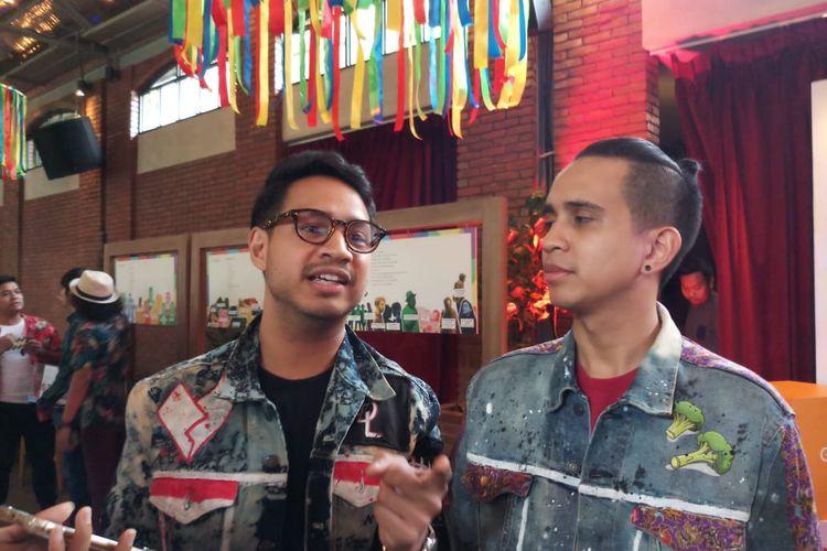 Duo YouTuber kakak beradik, Jovial Da Lopez (kiri) dan Andovi Da Lopez (kanan) saat ditemui di kawasan SCBD, Jakarta Selatan, Rabu (11/12/2019).
