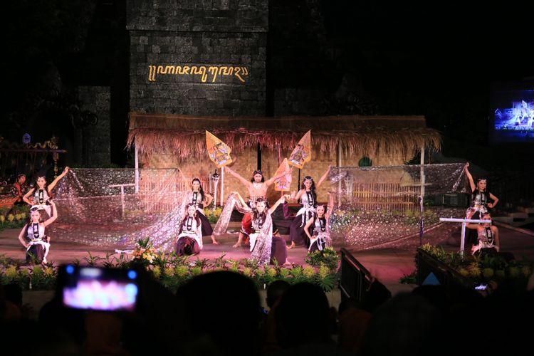 Srandul saat dipentaskan oleh seniman Kendal di TMII Jakarta. Kompas.com/dok.Pemkab.Kendal