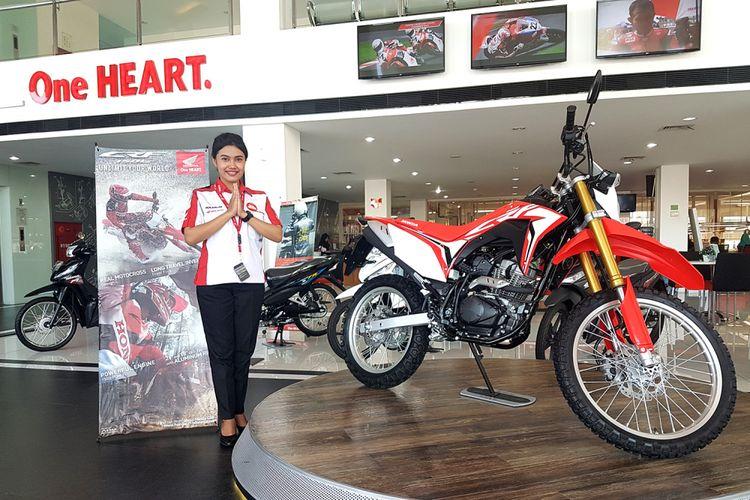 Ilustrasi layanan sepeda motor Honda