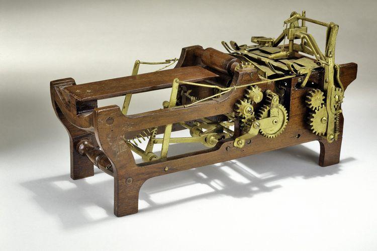 Mesin paper bag karya Margaret E. Knight yang dipamerkan di Smithsonian.