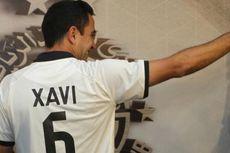 Xavi Hernandez Kehilangan Sepatu dalam Laga Debutnya Sebagai Pelatih